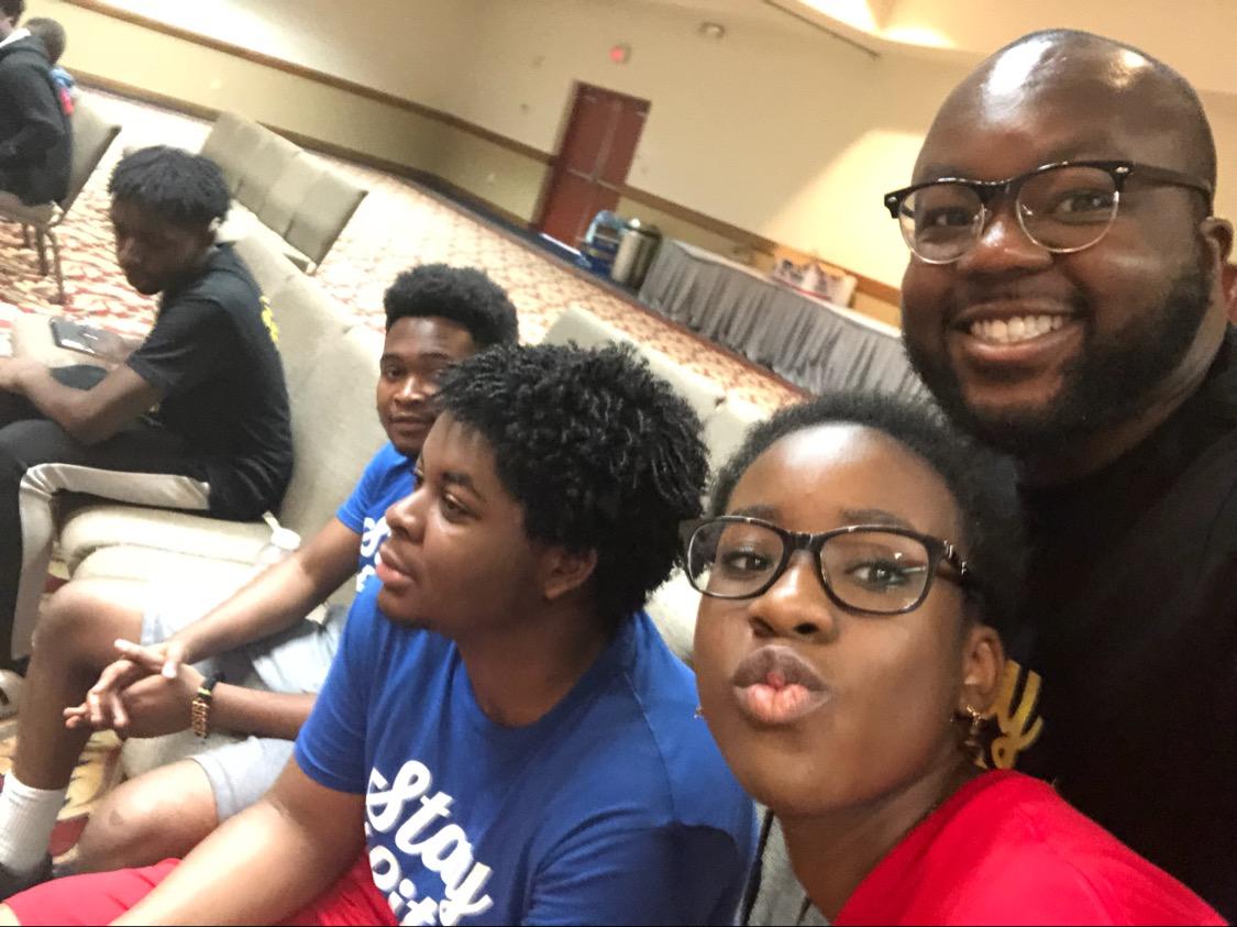 Teens camp selfie contest!!! Did