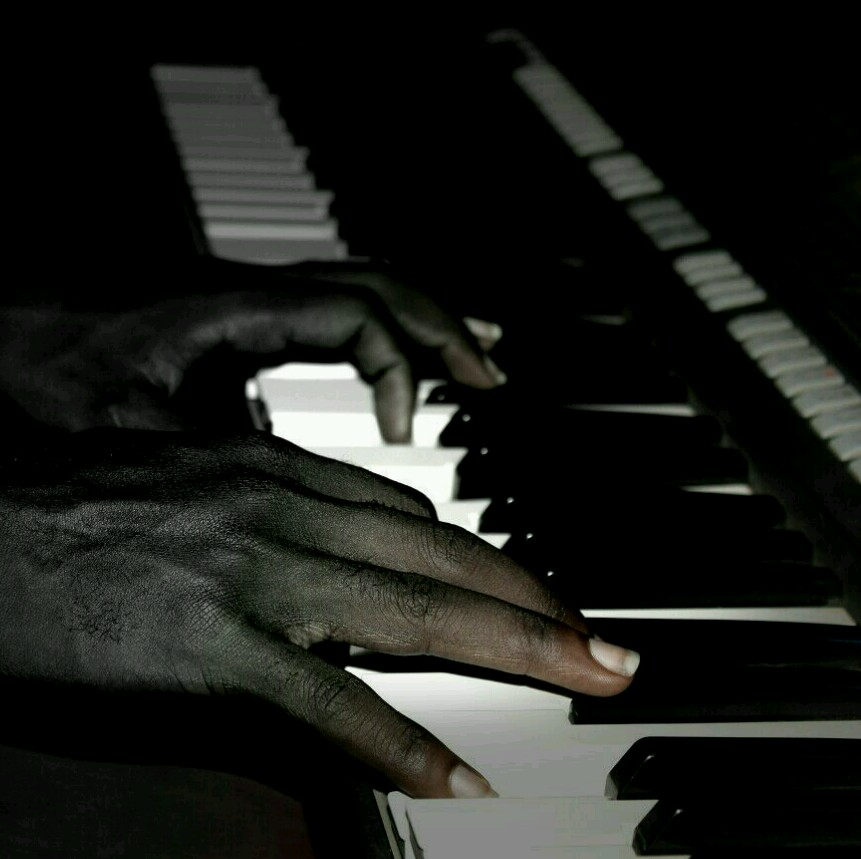Keyzmomo avatar picture