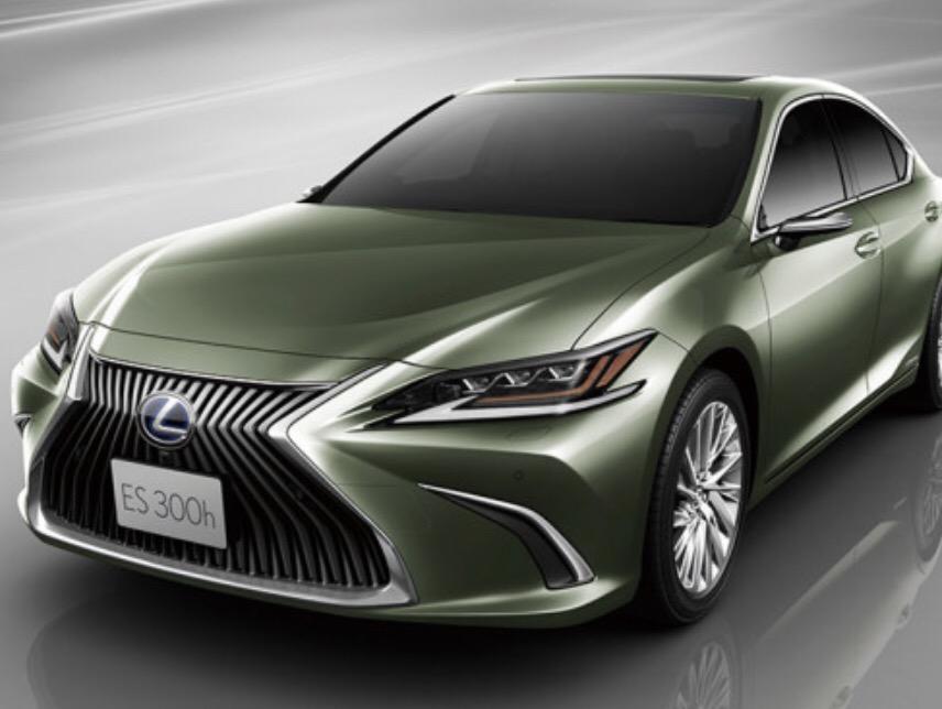 2019 Lexus ES first to
