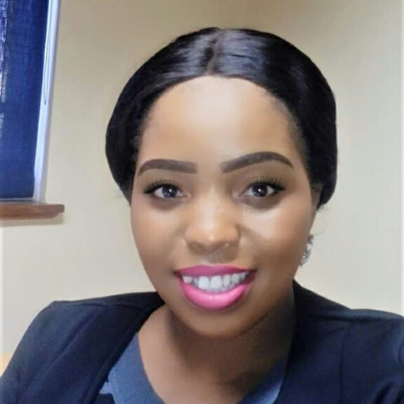Sis Hlengiwe avatar picture
