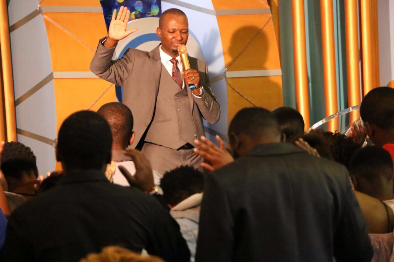 Happy birthday Pastor Mthobeki wow