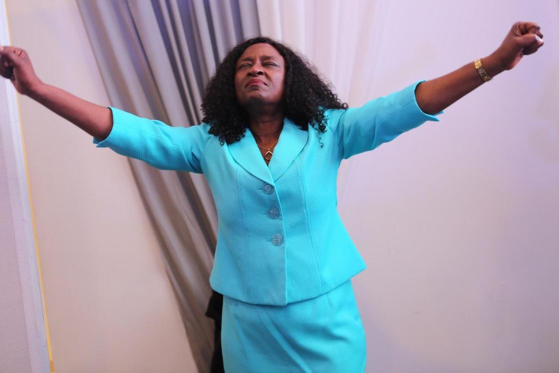 Glorious praise and worship time