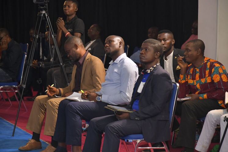 📸Cross section of participants at