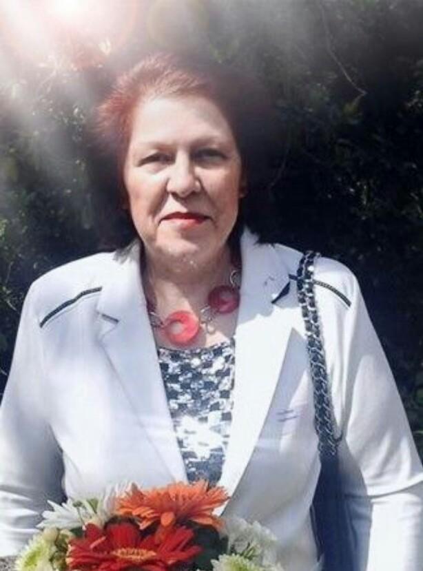 Tina Florea avatar picture