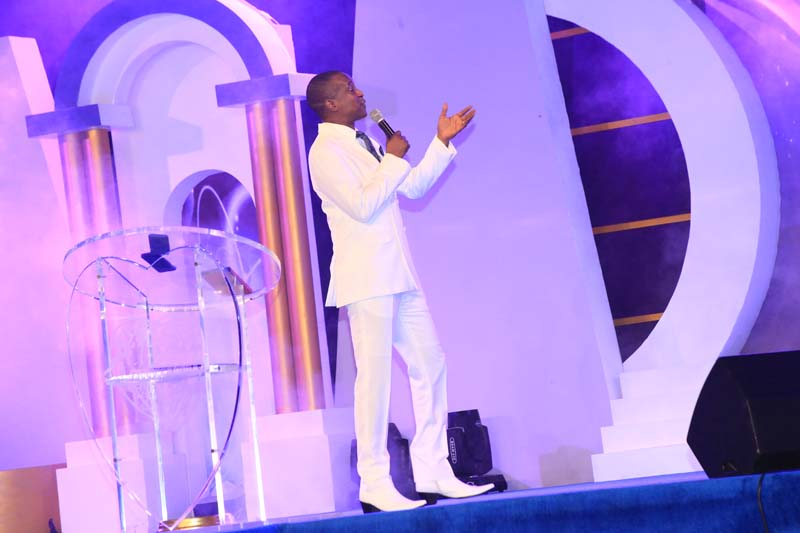 Nothing shall be impossible tonight...Pastor