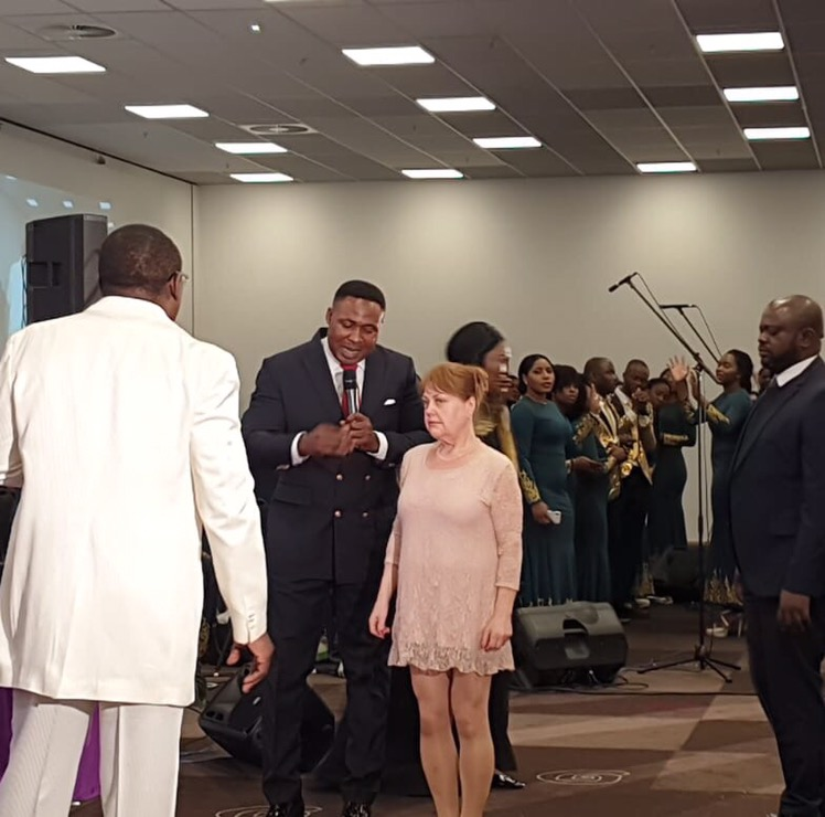 #Atmosphere for Miracles Berlin Pastor