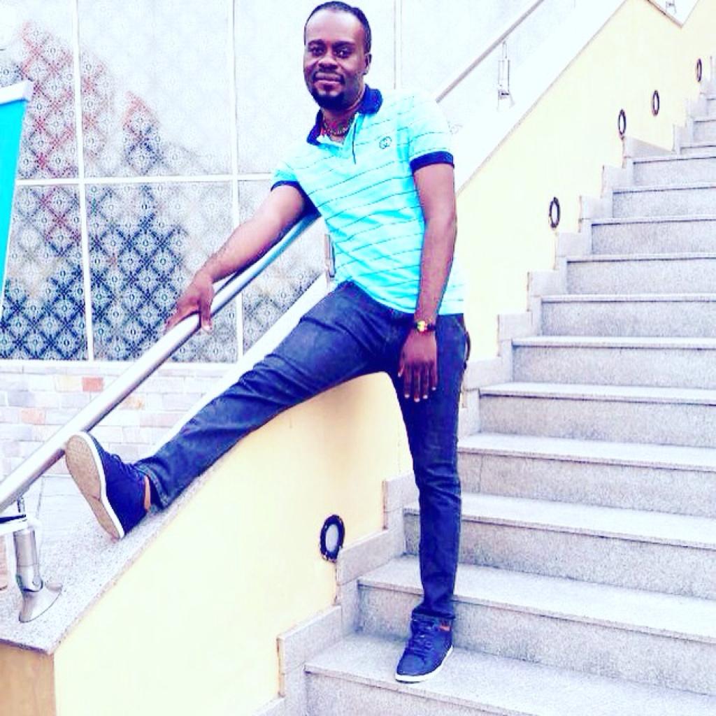 https://youtu.be/dUwf6CtNu_E Bube Kash new single